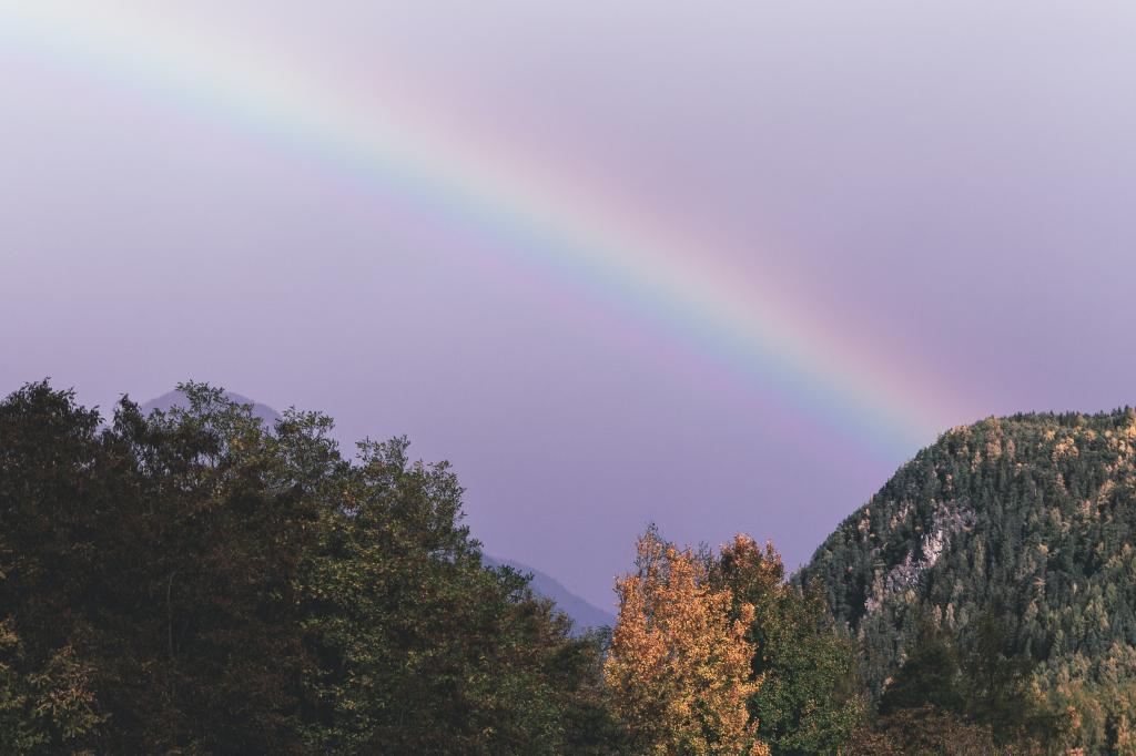 梦幻唯美的彩虹