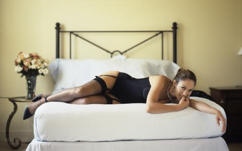 詹妮弗洛佩兹,歌手,女演员,紧身胸衣,长筒袜,床,詹妮弗洛佩兹