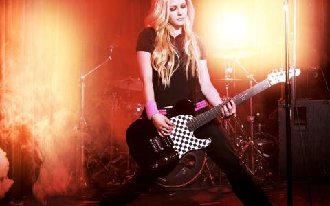 Avril Lavigne,歌手,音乐家,吉他