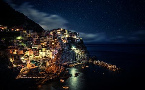 夜,意大利北部,拉斯佩齐亚省,利古里亚,马纳罗拉