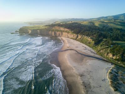 海岸上的唯美风景