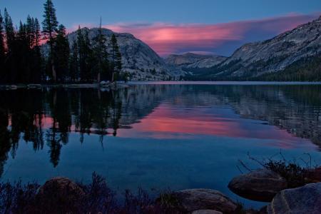 Tenaya湖,优胜美地国家公园,加利福尼亚州,Tenaya湖,优胜美地,加利福尼亚州,山,日落