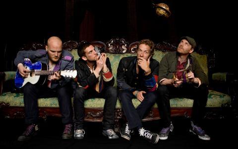 酷玩乐队,乐队,音乐家,吉他,相机,沙发