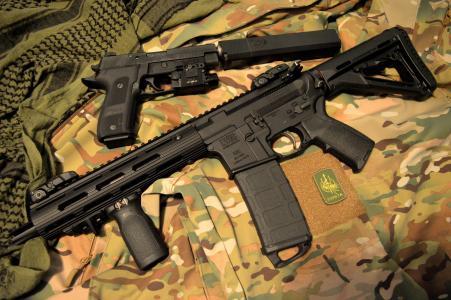 lwrc m6,卡宾枪,手枪,消声器