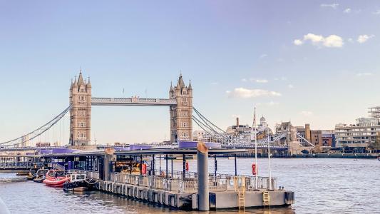 壮观迷人的伦敦塔桥