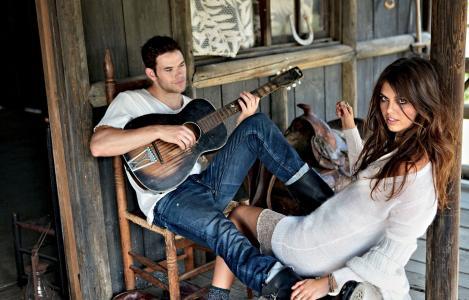 凯伦lutz,女孩,模型,家伙,黑发,马鞍,小屋,房子,吉他