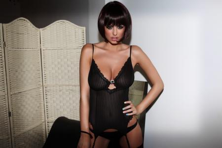 rhian sugden,可爱,甜,性感,内衣,模型,女人,黑发