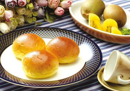 包子,糕点,猕猴桃,盘子,杯子,鲜花