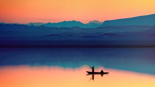 孤独的小舟唯美意境