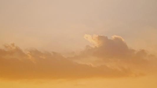 黄昏下的天空美景