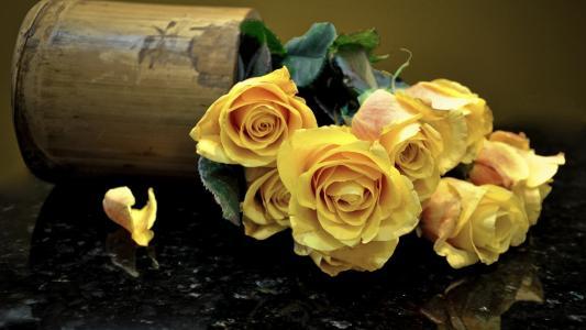 玫瑰,木制花瓶
