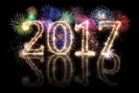 新的一年,假期,烟花,反思