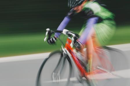 骑行竞赛者