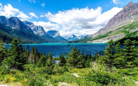圣玛丽湖,冰川国家公园,圣玛丽湖,冰川国家公园,озеро,горы,ели,пейзаж