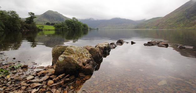 湖,山,石头,雾,树木