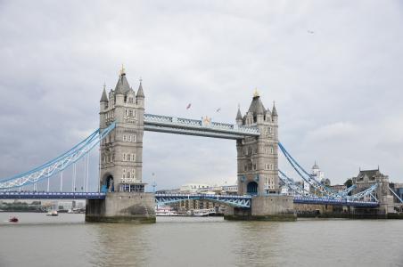 英国伦敦塔桥迷人风光