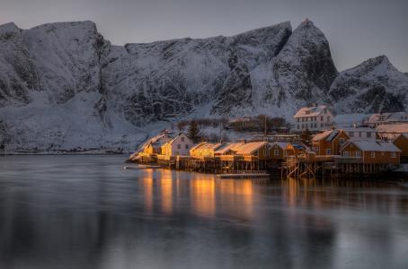 悬崖,挪威,雷讷,黄昏,海,岸,湾,冬天,山,雪,小房子,罗弗敦,罗弗敦