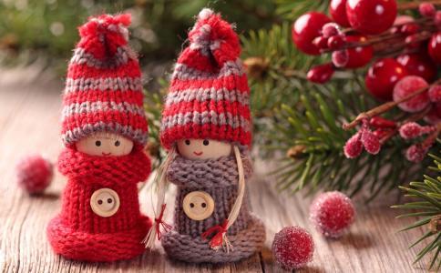 小雕像,男孩,女孩,帽子,按钮,浆果,针