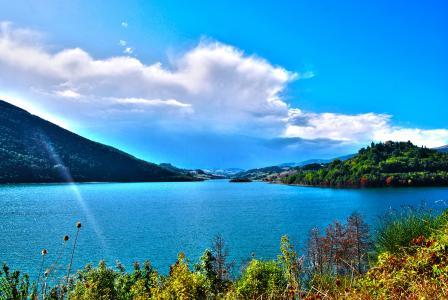 海岸,湖castreccioni,秋季,水