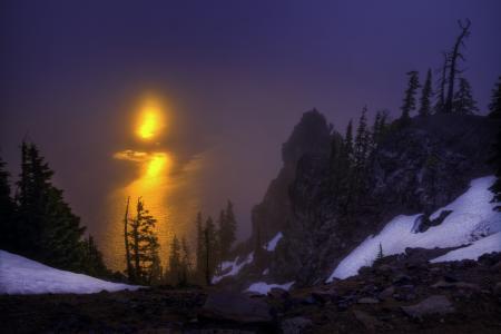 火山口湖,火山口湖国家公园,俄勒冈州,克里特湖,俄勒冈州,黎明,日出,岩石,树木,湖泊